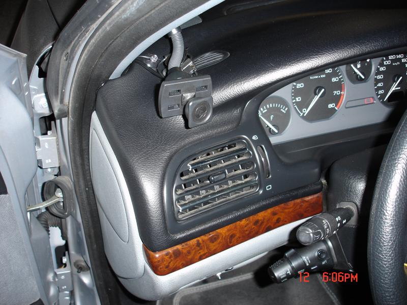 TUTO: Installation d'un GPS fixe dans la voiture Pic2
